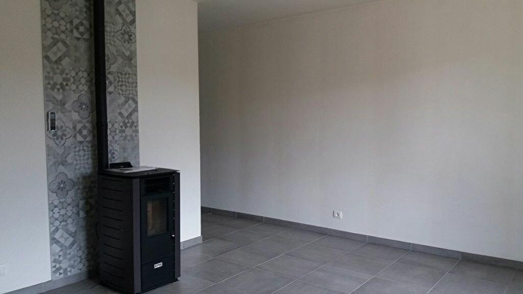 Appartement à louer 2 40m2 à Cuvat vignette-8
