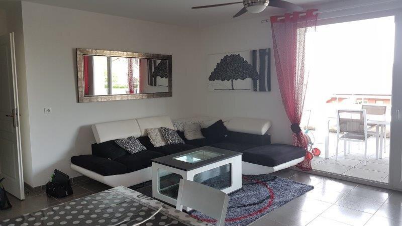 Appartement à louer 3 68.71m2 à Allonzier-la-Caille vignette-1