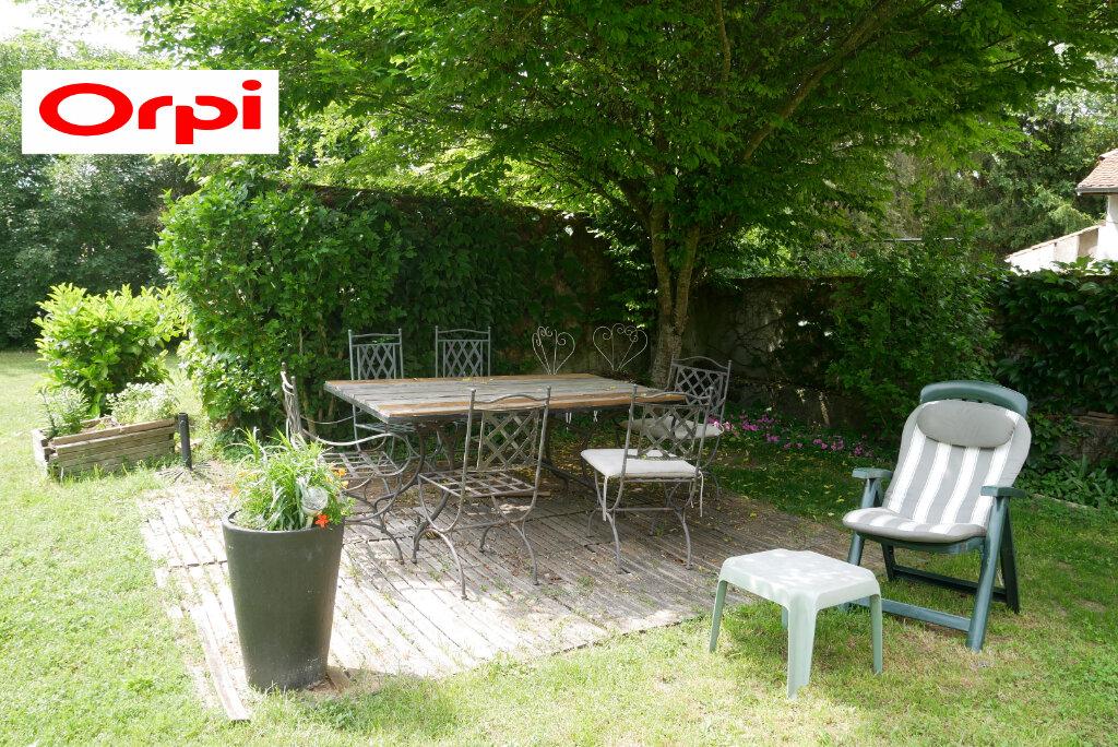 Maison à vendre 5 100m2 à Saint-Didier-de-la-Tour vignette-3