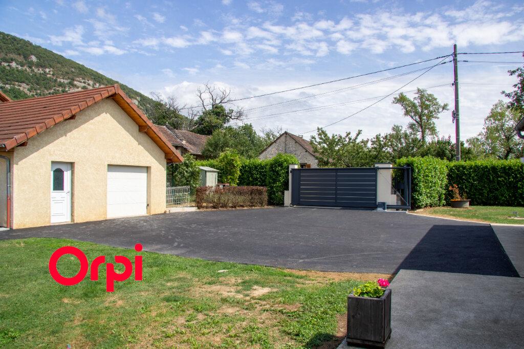 Maison à vendre 5 120m2 à Lhuis vignette-2