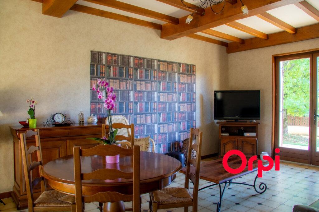 Maison à vendre 6 149m2 à Morestel vignette-3