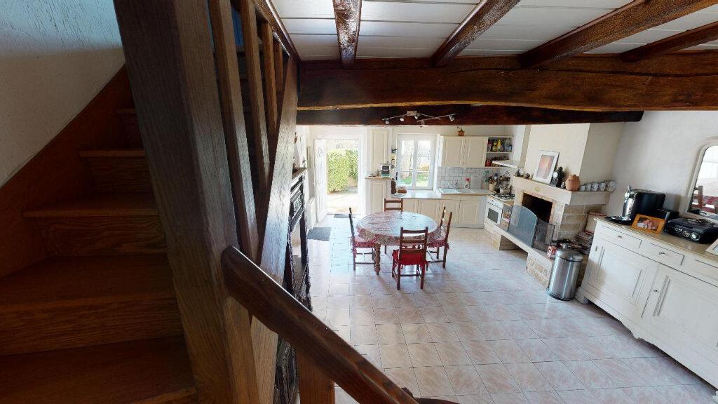 Maison à vendre 4 113m2 à Morestel vignette-5