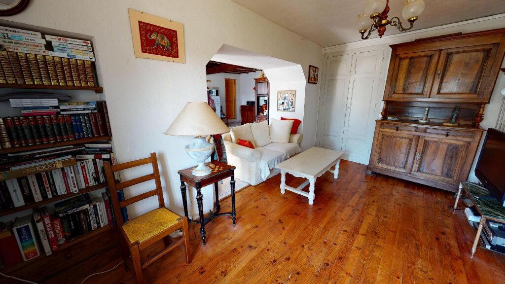 Maison à vendre 4 113m2 à Morestel vignette-6