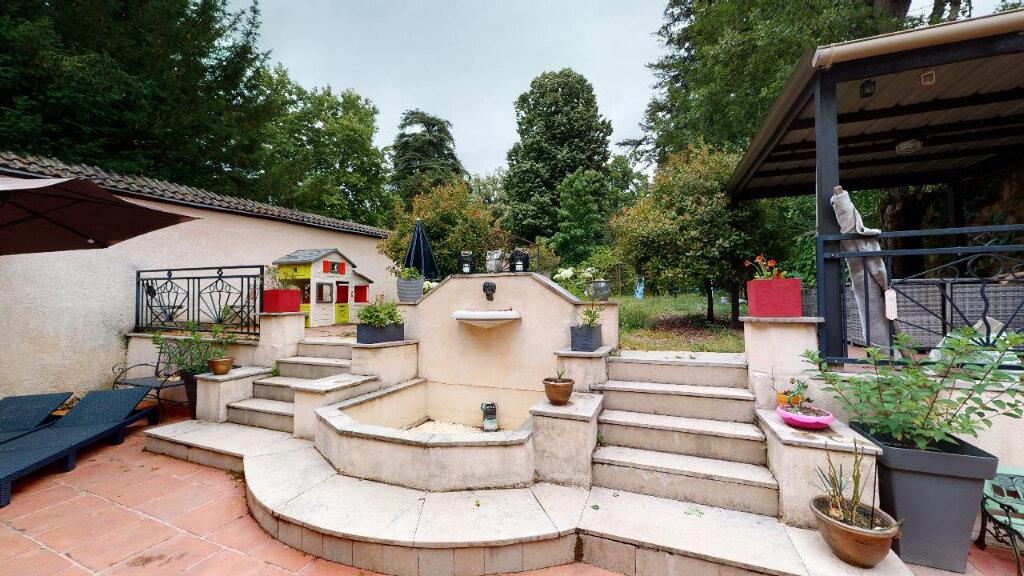 Maison à vendre 8 240m2 à Morestel vignette-8