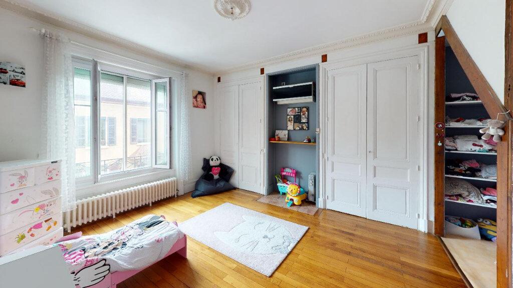 Maison à vendre 8 240m2 à Morestel vignette-13