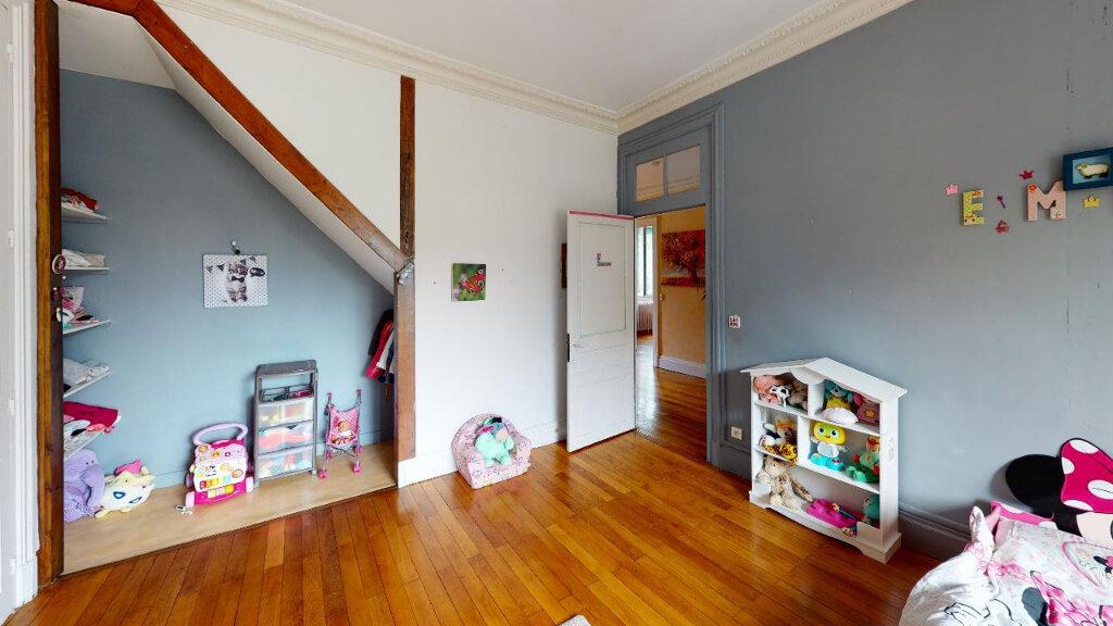 Maison à vendre 8 240m2 à Morestel vignette-14