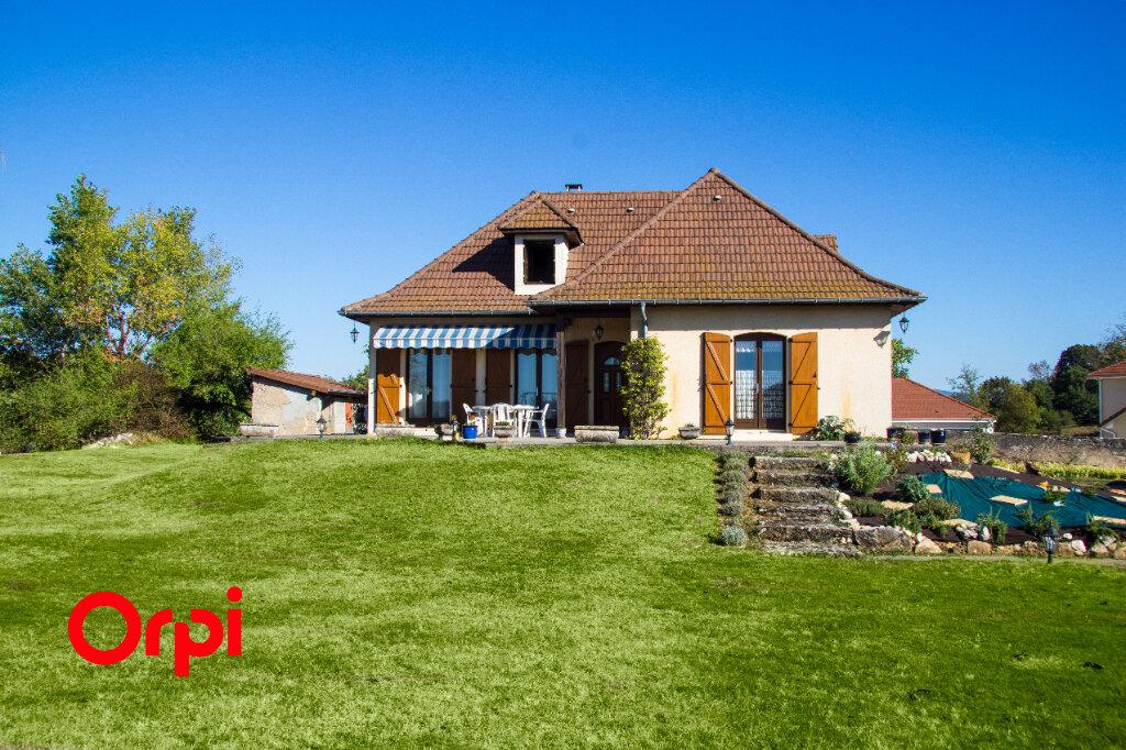 Maison à vendre 8 126m2 à Morestel vignette-5