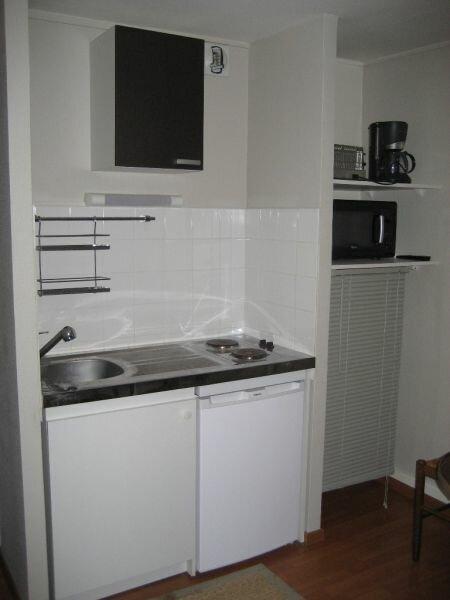 Appartement à louer 1 28m2 à Nancy vignette-2