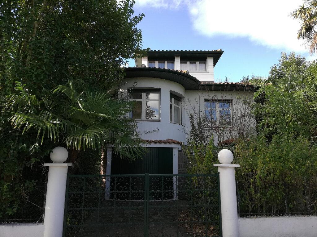 Maison à vendre 8 180m2 à Bayonne vignette-1