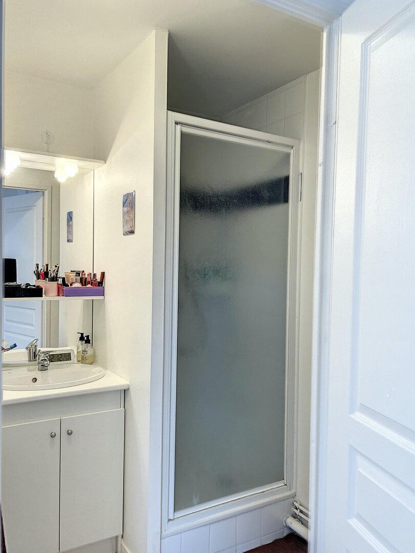 Appartement à louer 2 35m2 à Arras vignette-5