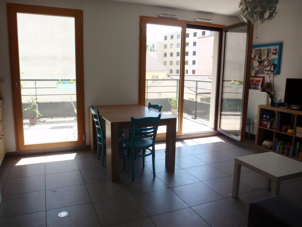 Appartement à vendre 3 63.18m2 à Lyon 3 vignette-3
