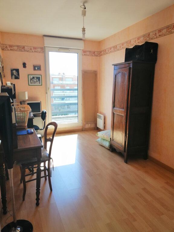 Appartement à vendre 4 86.73m2 à Villeurbanne vignette-8