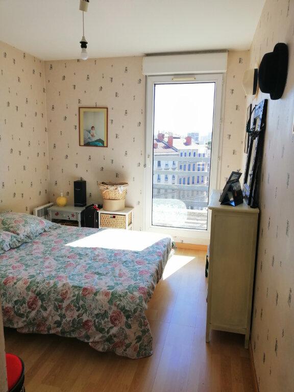 Appartement à vendre 4 86.73m2 à Villeurbanne vignette-9