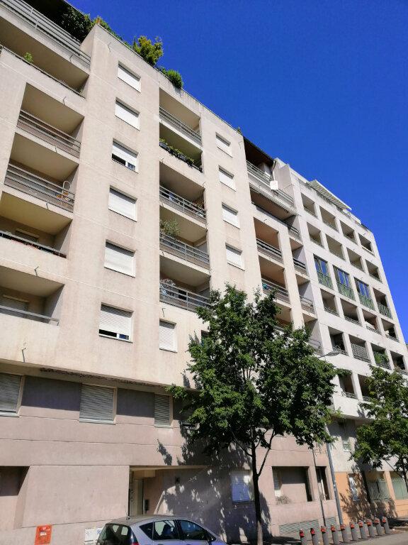 Appartement à vendre 4 86.73m2 à Villeurbanne vignette-11