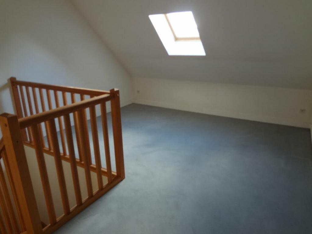 Appartement à louer 4 117m2 à Plailly vignette-6