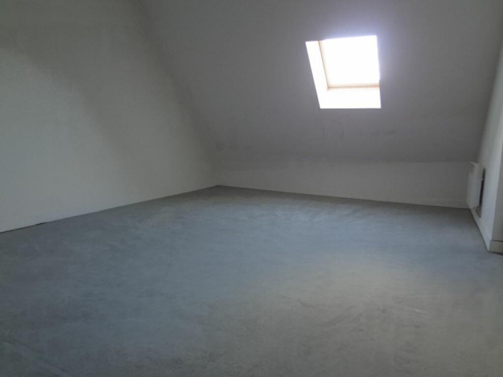 Appartement à louer 4 117m2 à Plailly vignette-7