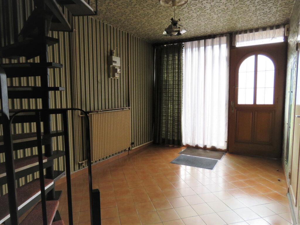 Maison à vendre 5 92m2 à Fosses vignette-9