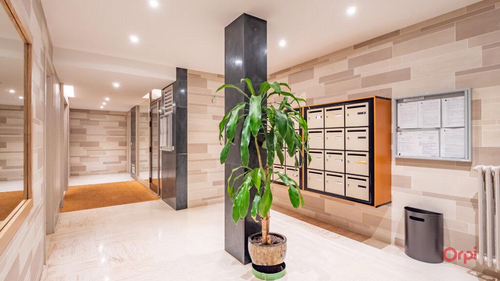 Appartement à louer 3 78m2 à Garches vignette-2