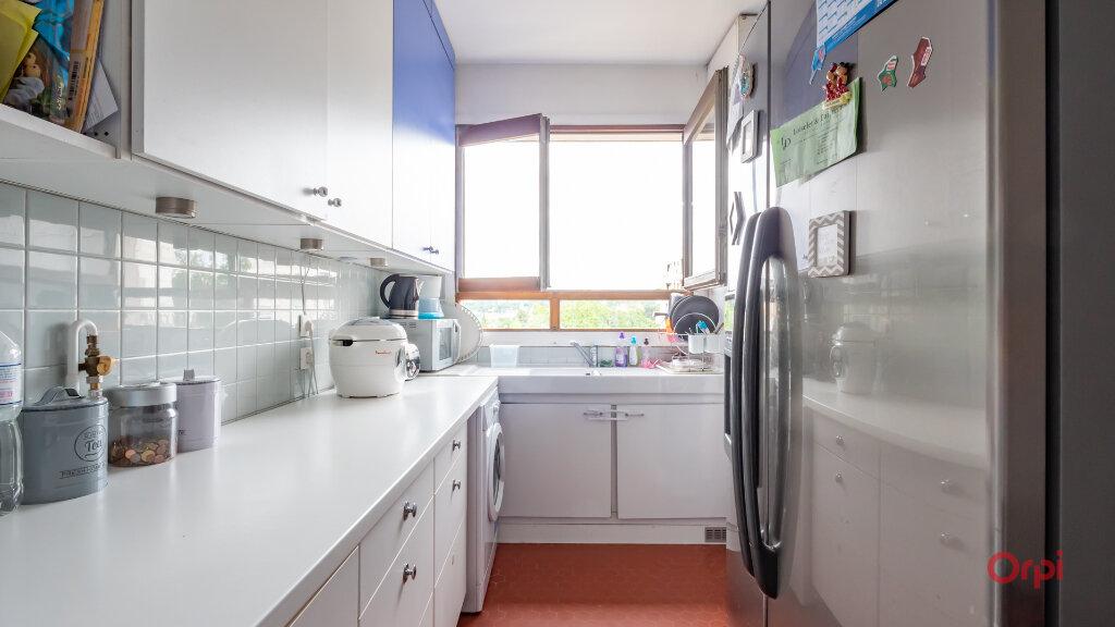 Appartement à louer 3 78m2 à Garches vignette-3