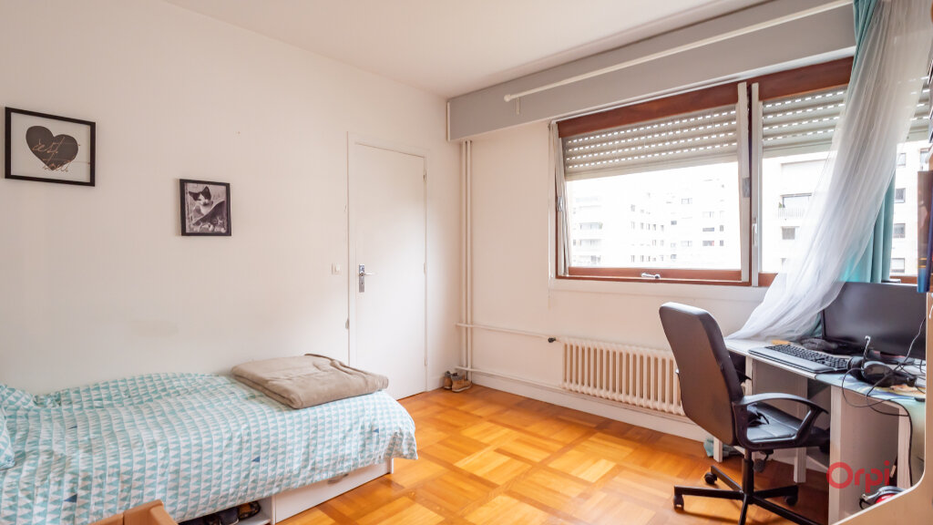 Appartement à louer 3 78m2 à Garches vignette-7