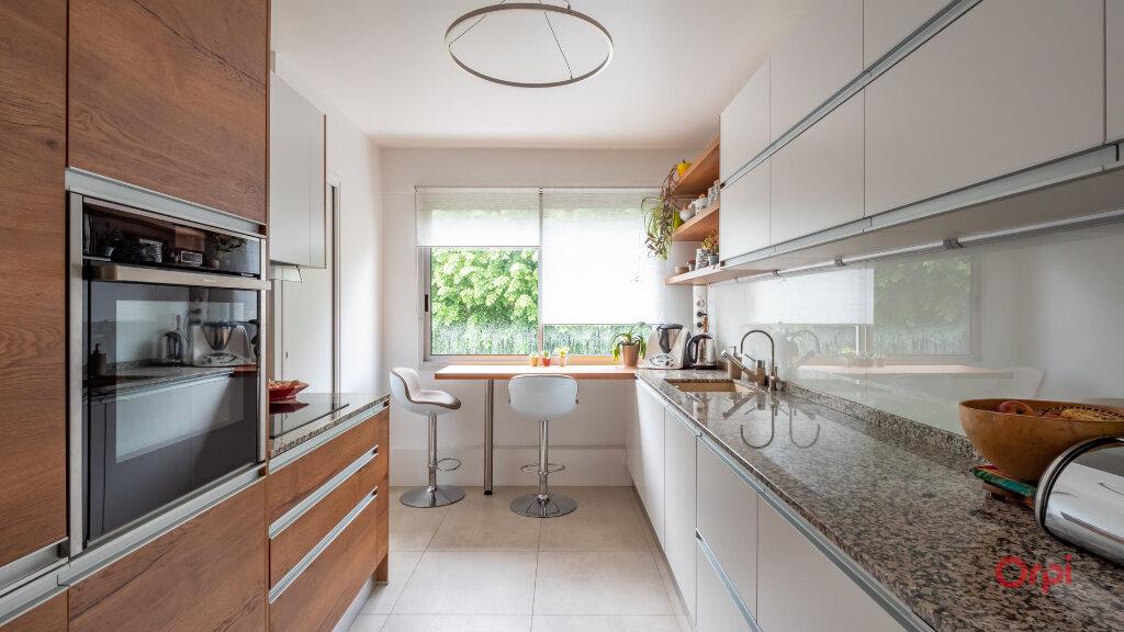 Appartement à vendre 6 128.49m2 à Garches vignette-1