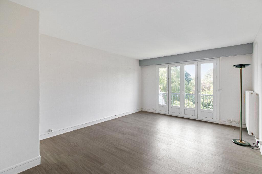 Appartement à vendre 3 68.77m2 à Garches vignette-1