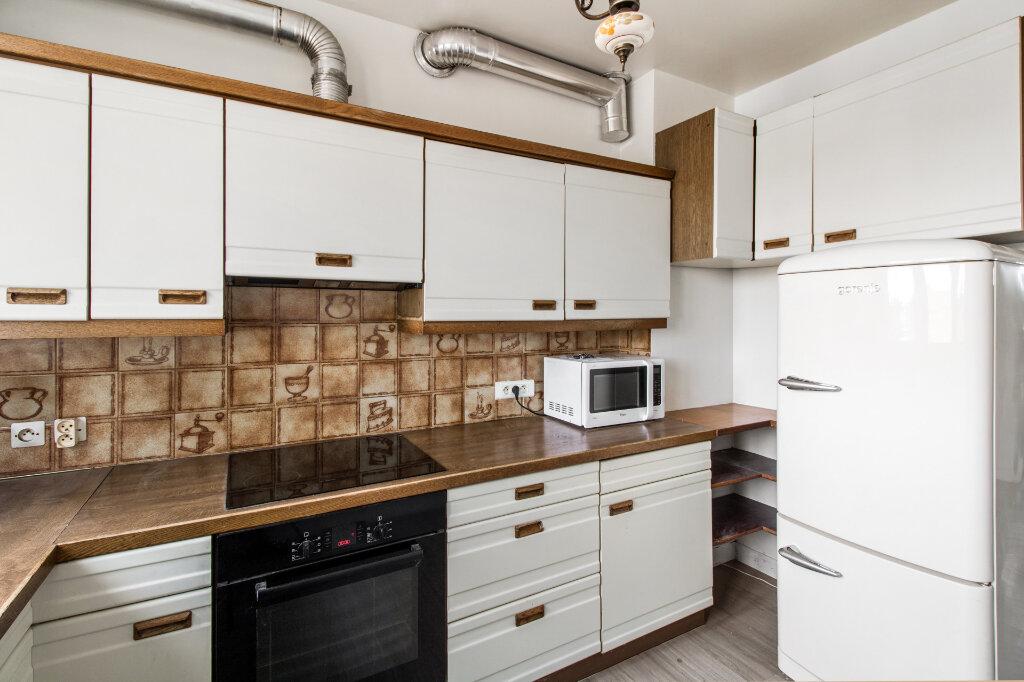 Appartement à vendre 3 68.77m2 à Garches vignette-4