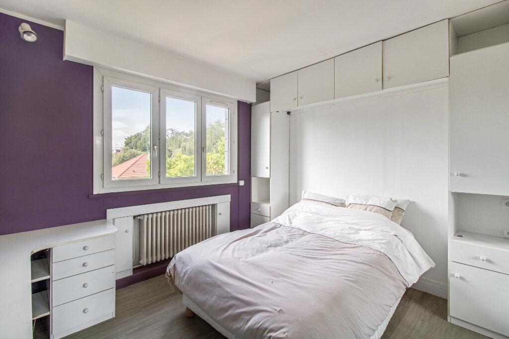 Appartement à vendre 3 68.77m2 à Garches vignette-7