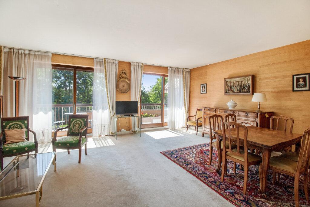 Appartement à vendre 4 92.96m2 à Garches vignette-3