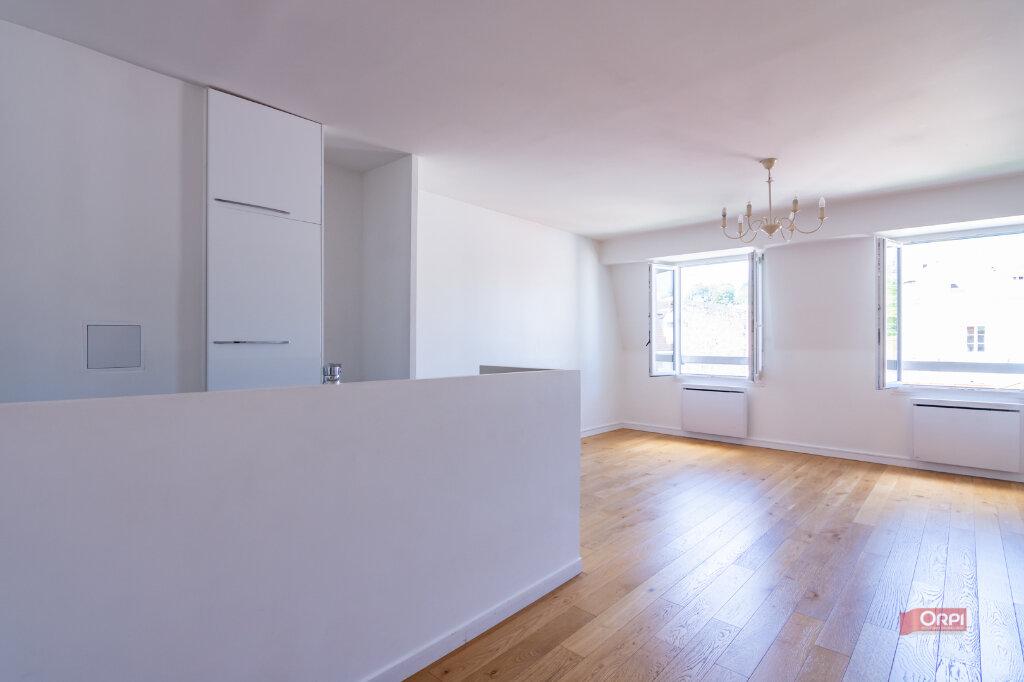 Appartement à louer 3 60m2 à Garches vignette-1