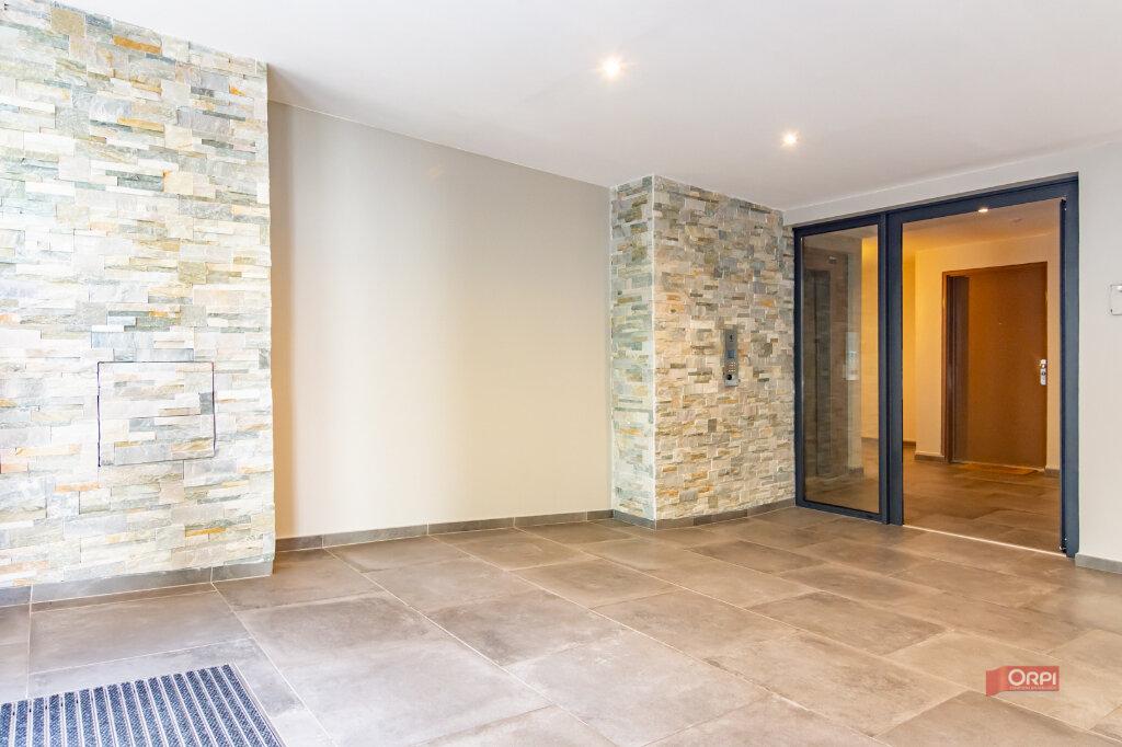 Appartement à louer 3 60m2 à Garches vignette-3