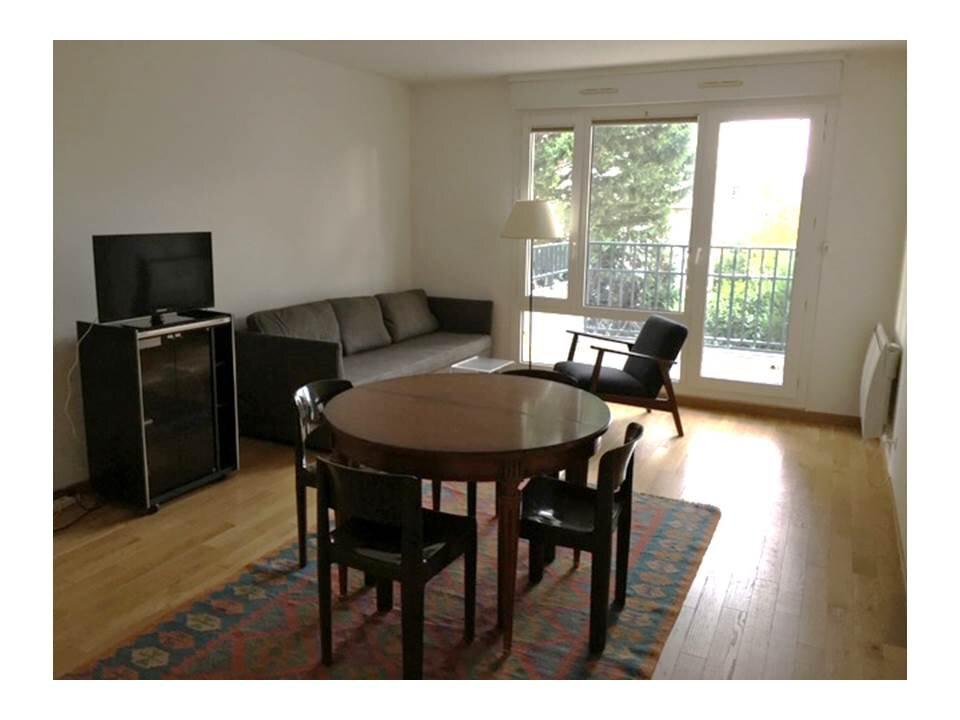 Appartement à louer 3 65m2 à Garches vignette-2