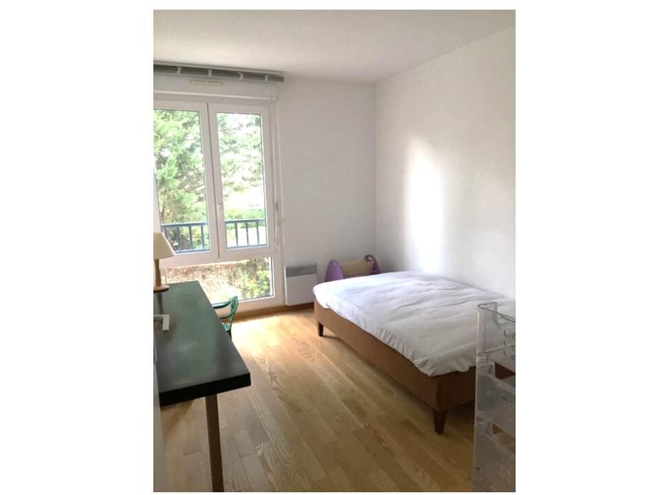 Appartement à louer 3 65m2 à Garches vignette-8