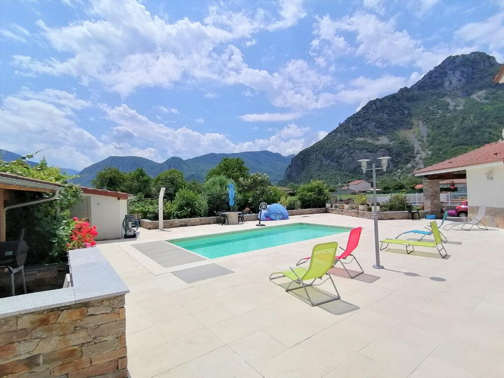 Maison à vendre 8 259.95m2 à Arignac vignette-10