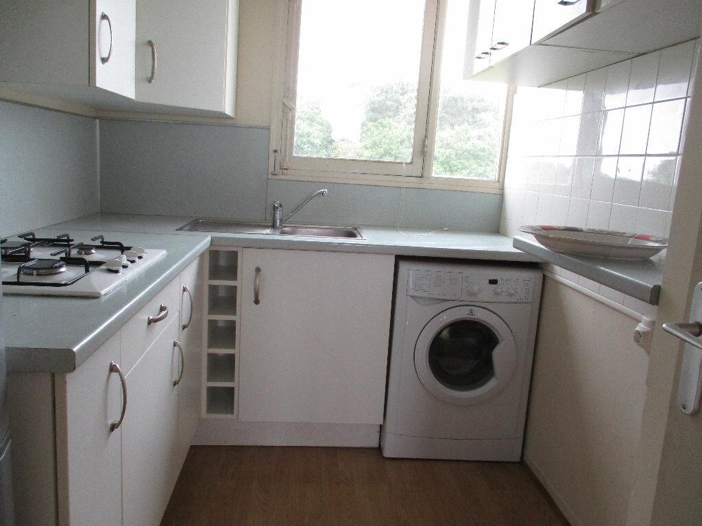 Appartement à louer 2 38m2 à Mérignac vignette-2