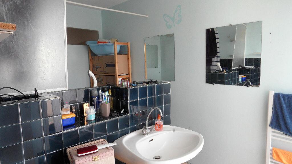 Appartement à louer 1 28m2 à Pessac vignette-4