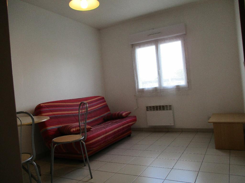 Appartement à louer 2 31m2 à Talence vignette-3