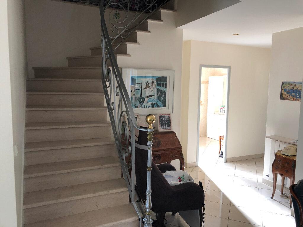 Maison à vendre 5 0m2 à Pessac vignette-3