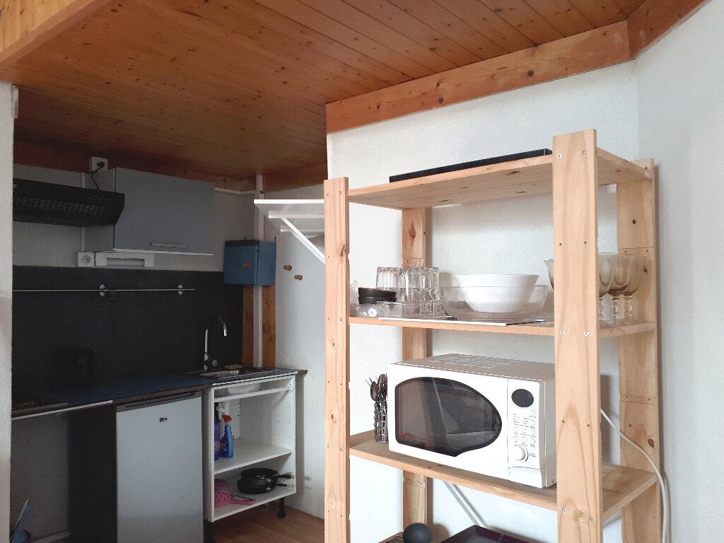 Appartement à louer 2 35m2 à Pessac vignette-6