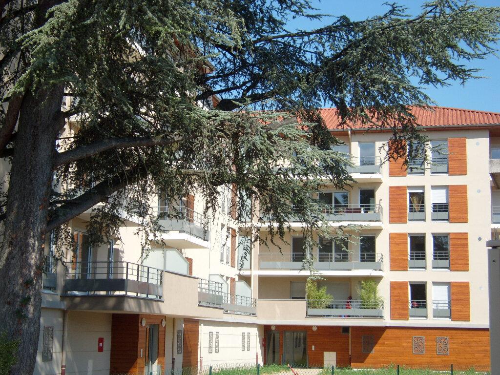 Appartement à louer 3 52.5m2 à Montluel vignette-8