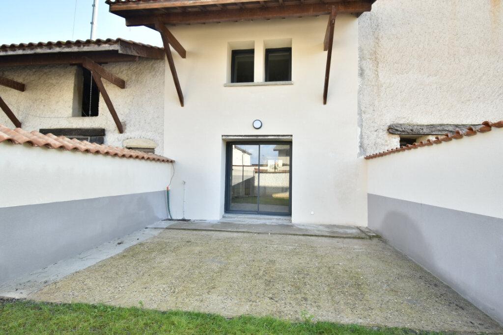Maison à louer 4 112m2 à Béligneux vignette-7