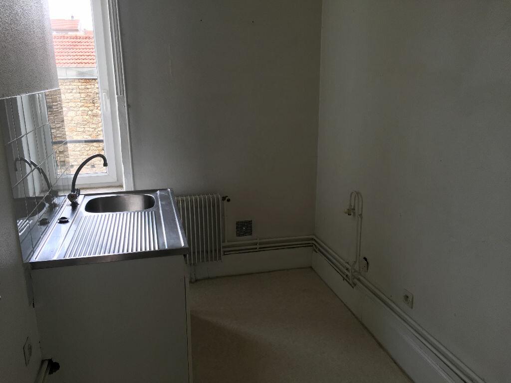Appartement à louer 3 49.47m2 à Nancy vignette-4