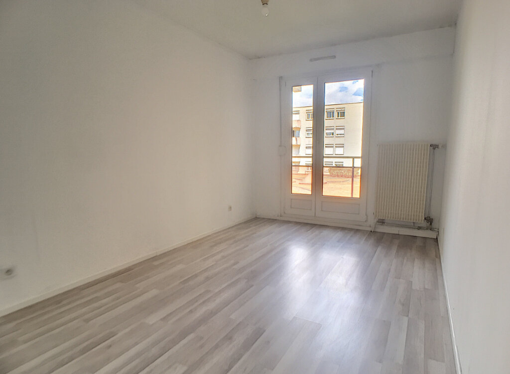 Appartement à louer 3 68m2 à Nancy vignette-4