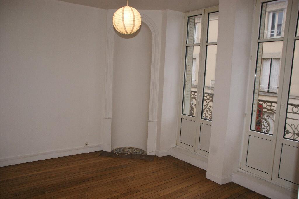 Appartement à louer 3 51.54m2 à Nancy vignette-1
