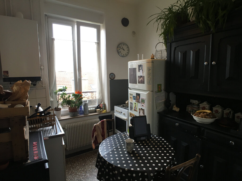 Appartement à louer 3 53m2 à Nancy vignette-3