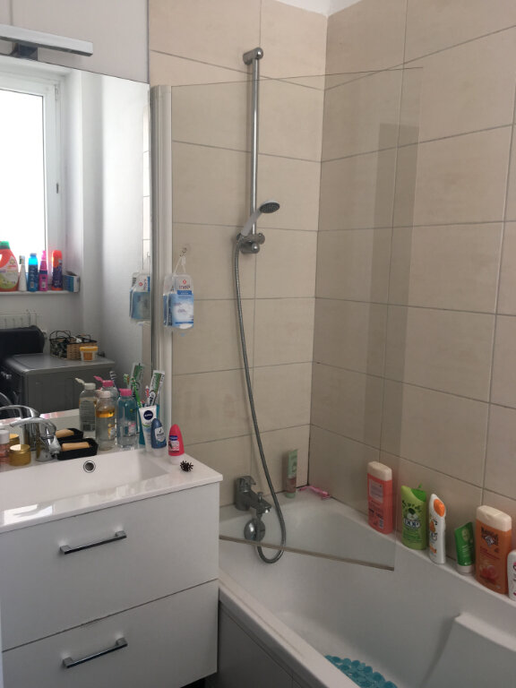 Appartement à louer 3 65m2 à Nancy vignette-9