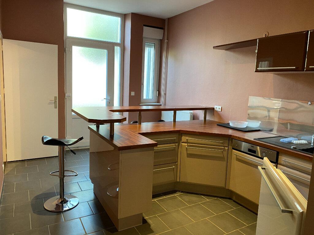 Appartement à louer 2 59m2 à Nancy vignette-2
