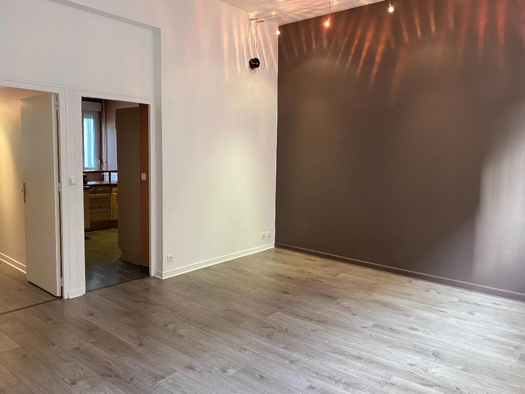 Appartement à louer 2 59m2 à Nancy vignette-4