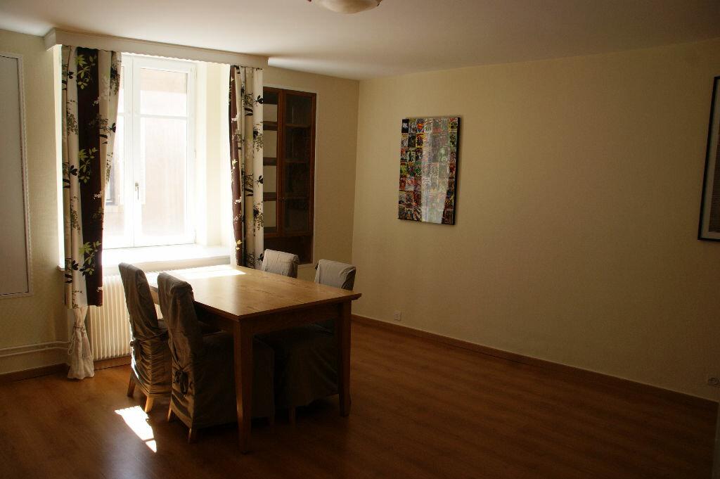 Appartement à louer 3 79m2 à Nancy vignette-2