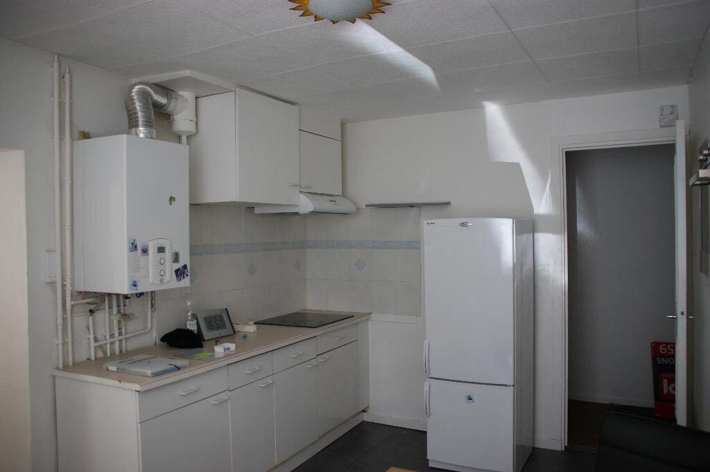 Appartement à louer 3 79m2 à Nancy vignette-4